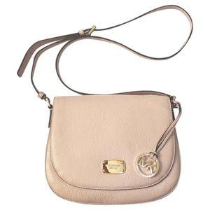 Micahel Kors | Cream Tan Bedford Saddle Bag